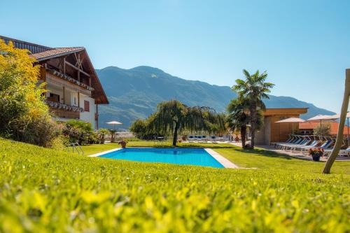 Hotel und Residence Johanneshof, Bolzano