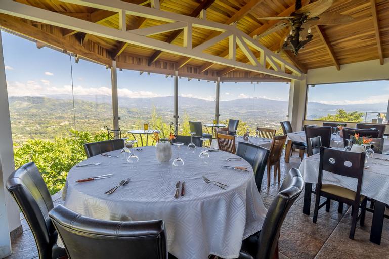 Barons Resort, Atenas