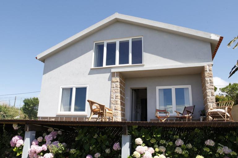 Mira Guincho house with sea view and garden, Cascais