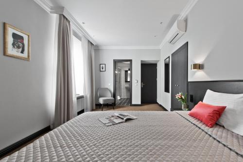 15th Avenue Hotel, Vilniaus