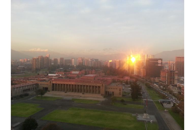 EX MONARCA, Santiago