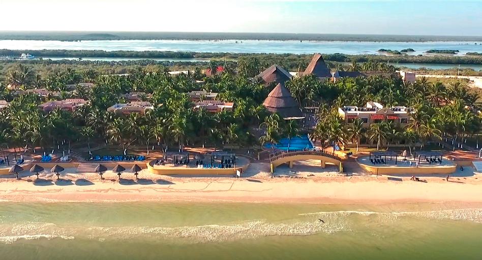 Reef Yucatan, Telchac Puerto