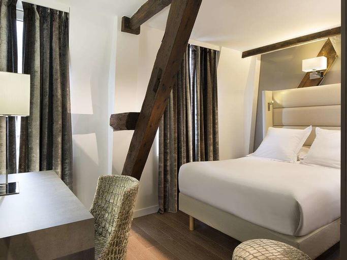 Hotel Jacques De Molay, Paris