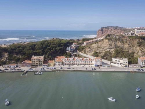Cais - Waterfront Holiday Apartments - By SCH, Alcobaça