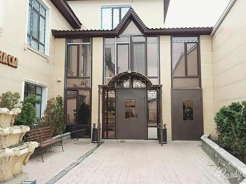 Royal Hotel, Aqtobe