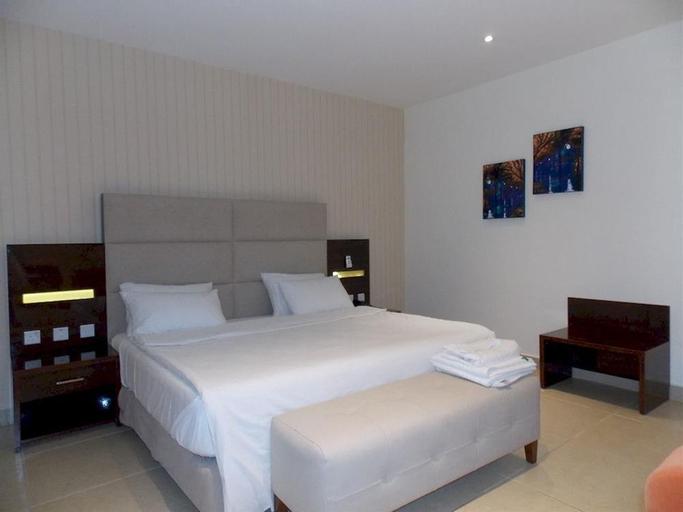 Fullmoon Hotels, Owerri Municipal