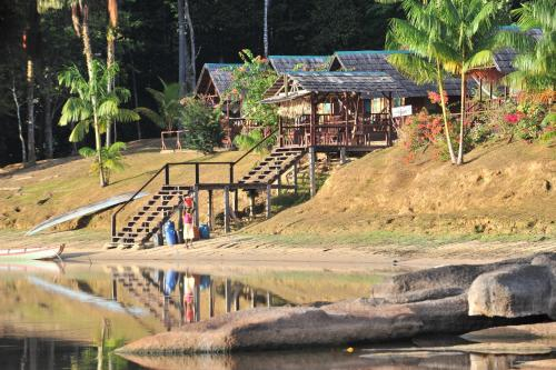 Danpaati River Lodge, Boven Suriname