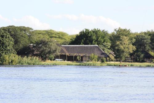 Big 5 Toro Lodge 五大兽河畔酒店, Chobe