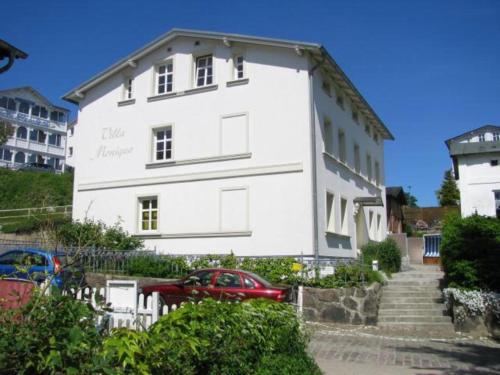 Villa Monique in Alt-Sassnitz, Vorpommern-Rügen