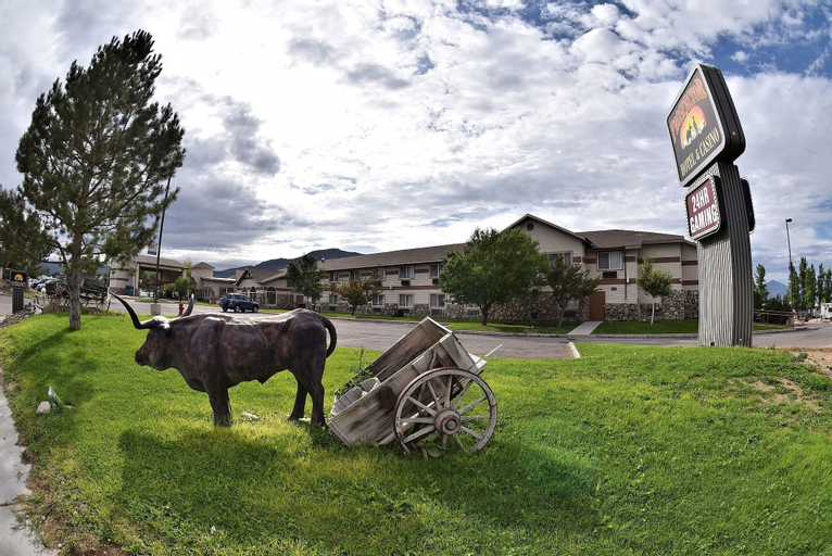 Prospector Hotel and Casino, White Pine