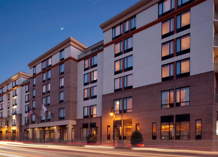 DoubleTree by Hilton Hotel Savannah Historic District, Chatham