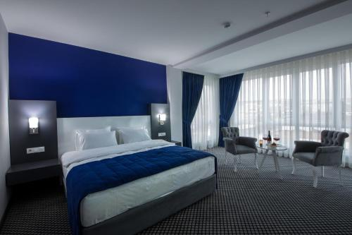 Cavit Duvan Prestige Hotel, Merkez