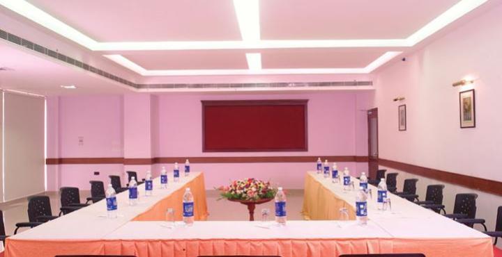 Cloud 9 Hotel, Ernakulam