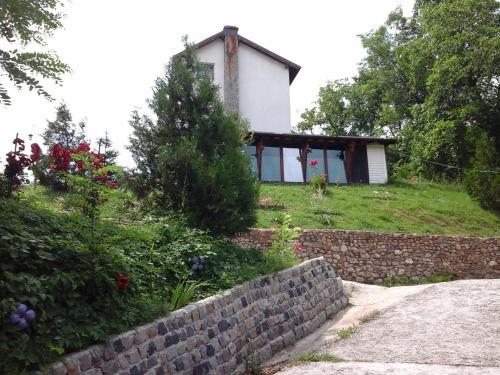 Casa Piscul Lupului, Pucioasa