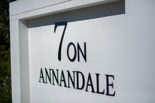 7 On Annandale B&B, Buffalo City