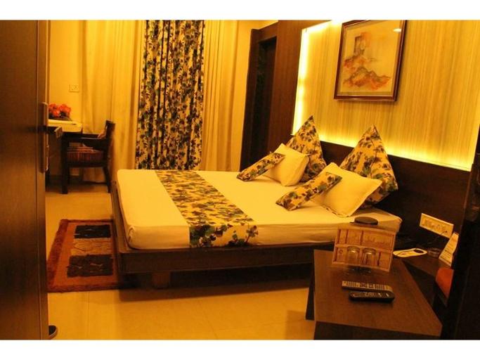 Vista Rooms at Sangam Talkies Road, Bhopal