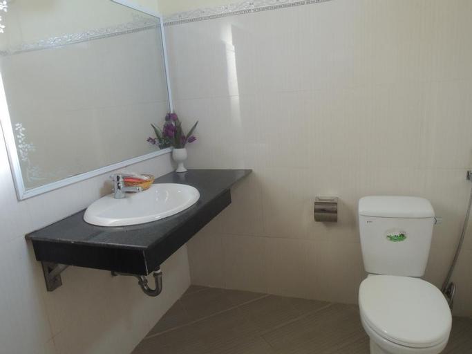 Ngan Ha Hotel, Đồng Hới