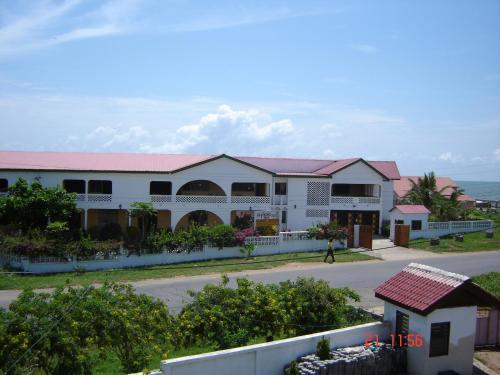 Almond Tree Guest House, Komenda-Edina-Eguafo-Abirem