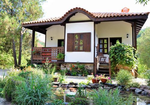 Golden Horn Guest House, Svoge