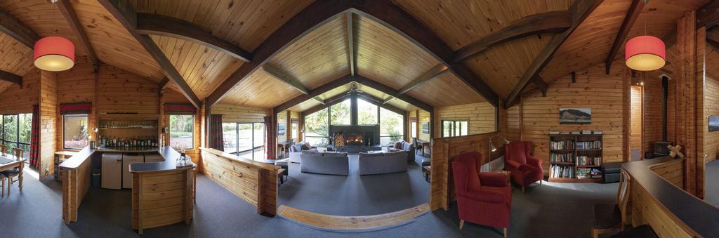 Westwood Lodge, Westland