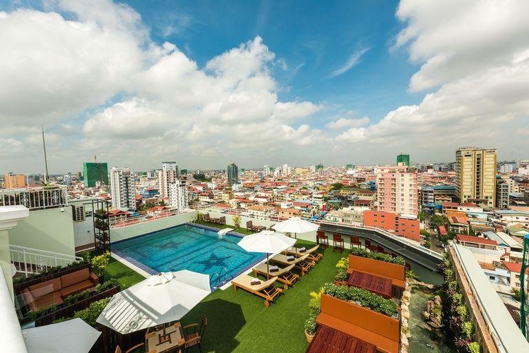 Le Mont Hotel, Phnom Penh
