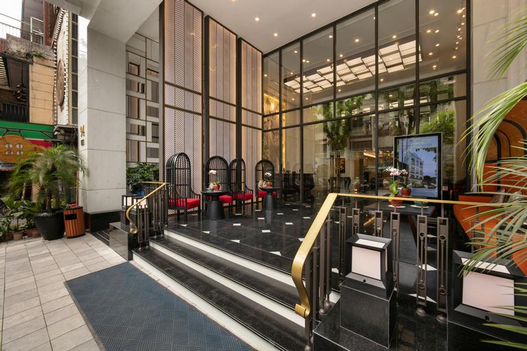 The Oriental Jade Hotel, Hoàn Kiếm