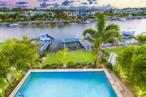 Holiday Home Quayside, Helensvale