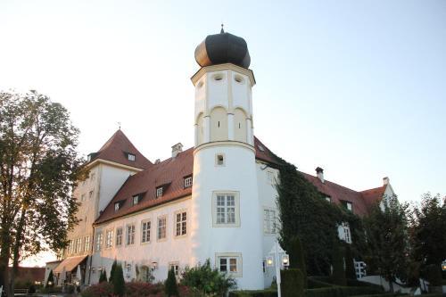 Schlosshotel Neufahrn, Landshut