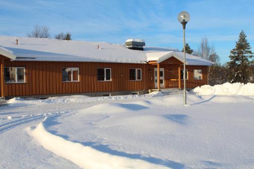 Osensjøens Adventure, Åmot