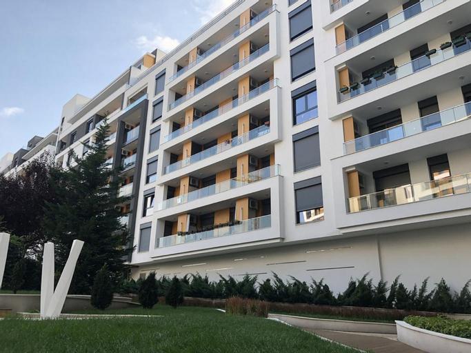 Central Garden Apartment, Palilula