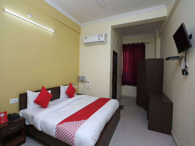 OYO 26931 Madhav Bhavan, Faizabad