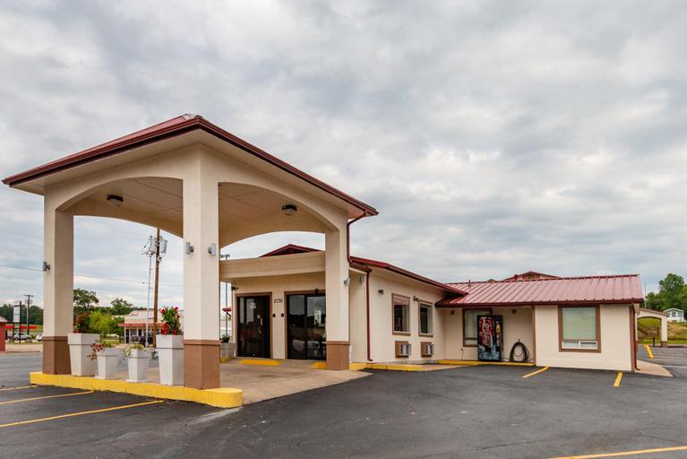 Red Roof Inn Buffalo, TX, Leon