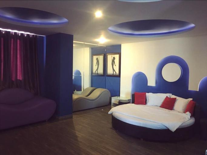 Moc Lan 1 Hotel, Phú Nhuận