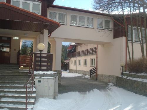 Dom Wczasowo Rekreacyjny Zgoda, Jelenia Góra