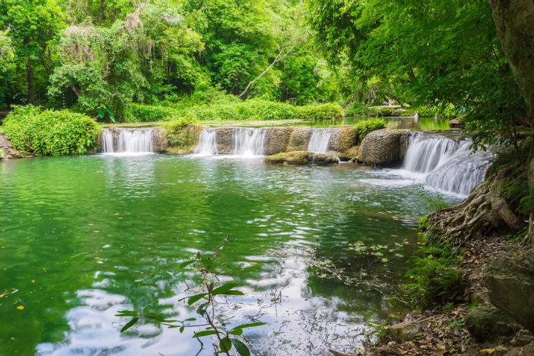 Baan View Suay Fah Sai, Muak Lek