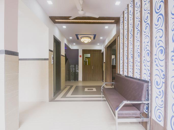 OYO 15982 Hotel Samrat Palace, Raigarh