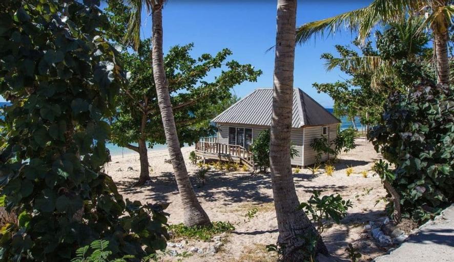 Barefoot Kuata Island Resort, Ba