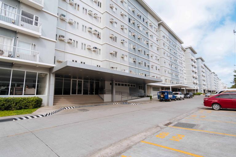 RedDoorz Premium @ SMDC Fairview, Quezon City