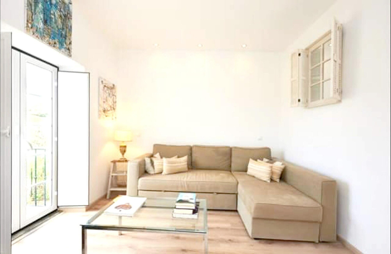 House With one Bedroom in Cascais, With Wonderful Mountain View, Enclosed Garden and Wifi - 3 km From the Beach, Cascais