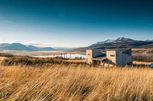 Villa Lola, Eyjafjarðarsveit