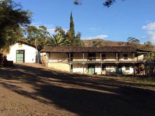 Hacienda Gonzabal, Loja