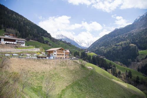 Unterer Obereggerhof, Bolzano