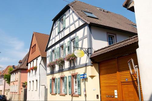 Kronenhof, Mainz-Bingen