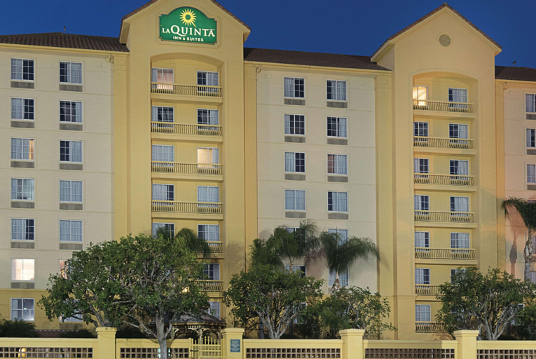 La Quinta Inn & Suites by  Ontario Airport, San Bernardino