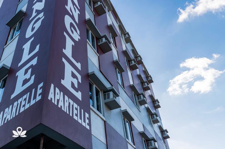 ZEN Rooms Triangle Hotel Manila, Quezon City