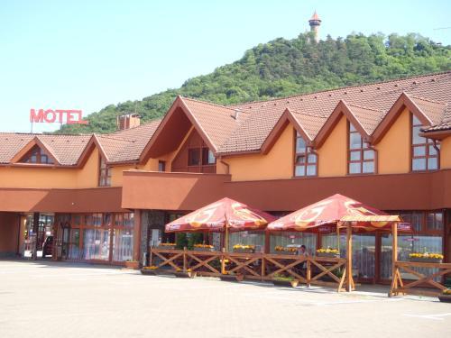 garni Hotel ASAS***, Most