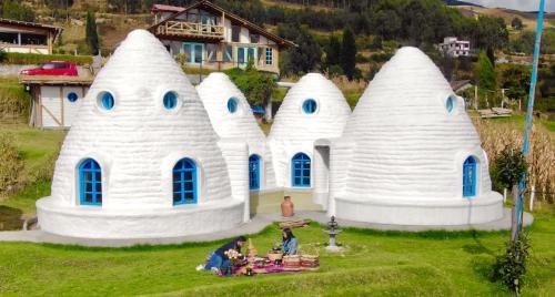 Urku Wasi, Otavalo