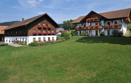 Beim Beckerbauern, Straubing-Bogen
