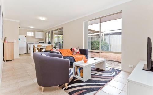 Brentwood Villa, Melville