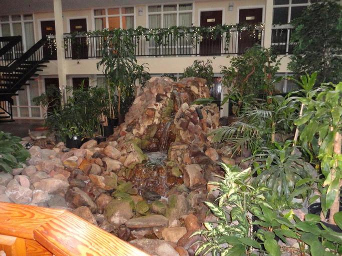 Coast Nisku Inn & Conference Centre, Division No. 11